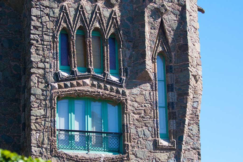 Замок Бельесгуард — своеобразный символ Каталонии с удивительной историей — 04