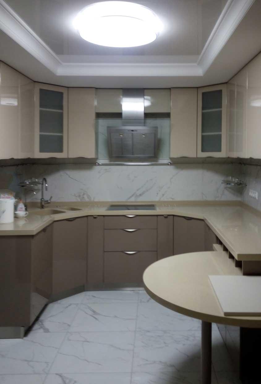 Современный дизайн кухни-52